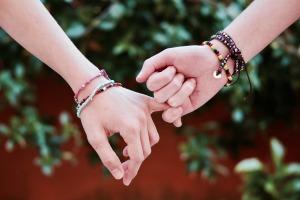 friendship-2156174_1920 (2)